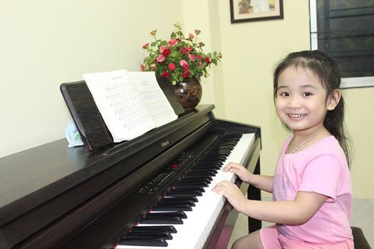 huong-dan-cach-danh-dan-piano-cho-be-o-nha11