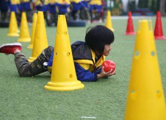 Vận động và rèn luyện đúng cách giúp học sinh tăng trưởng chiều cao